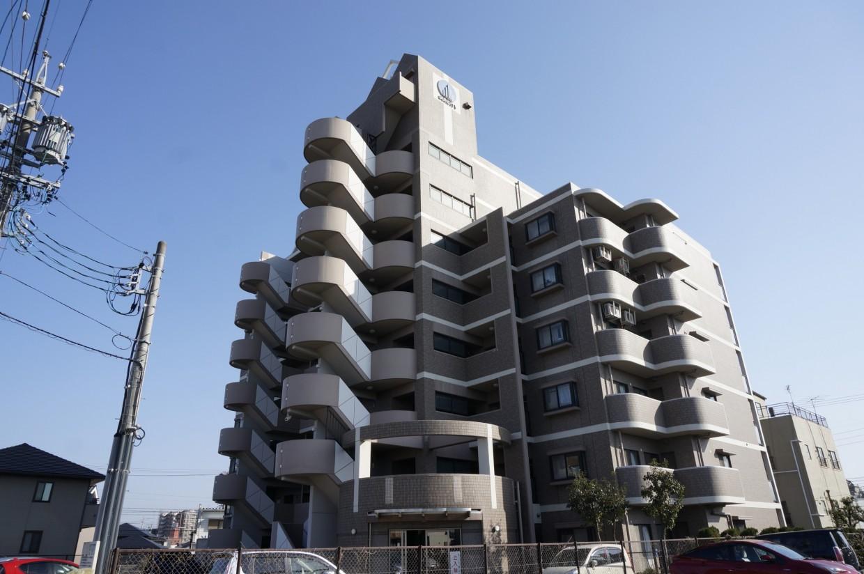 【外観】1996年築のマンションです。